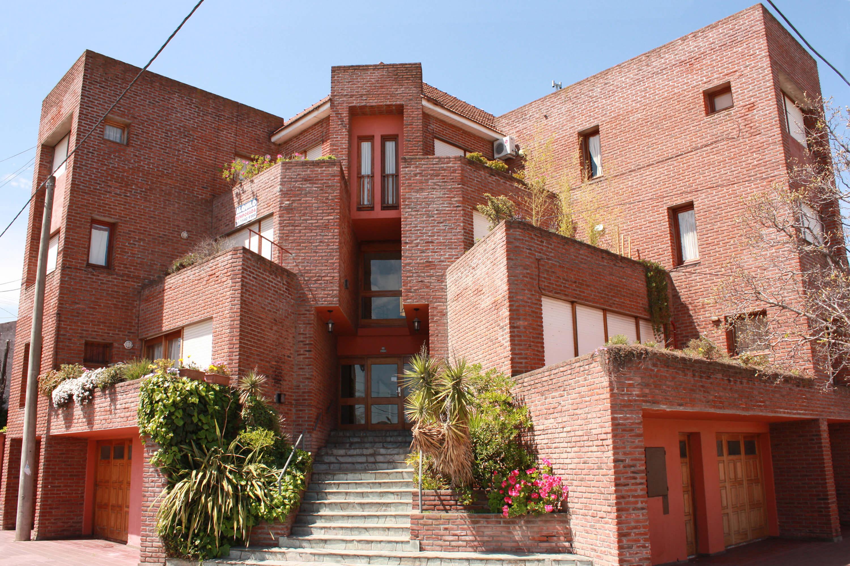foto2 -Edificio viviendas aterrazadas en esquina- Necochea